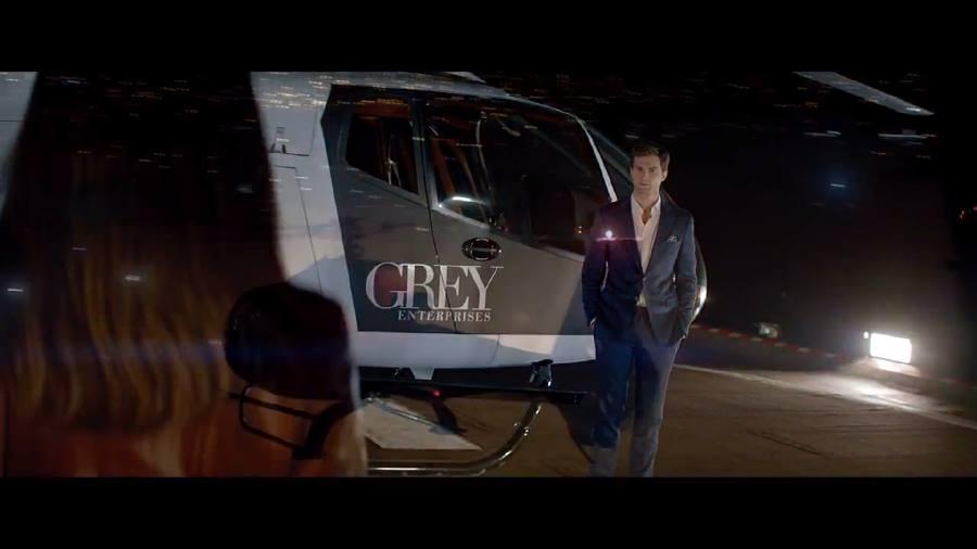 Elicottero Grigio : Cinquanta sfumature di grigio il trailer minuto per