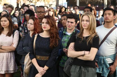 Faking it: Recensione 2×11: Stripped